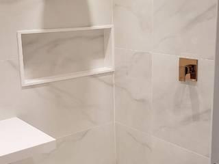 Novos Banheiros : Banheiros  por Alves Bellotti Arquitetura & Design,