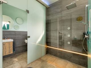 Bathroom by Horst Steiner Innenarchitektur