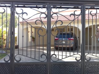 herreria hernandez merida Garage Doors Iron/Steel Grey