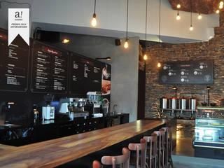 Café Europa:  de estilo  por DIPRO INNOVATION DESIGN, Clásico