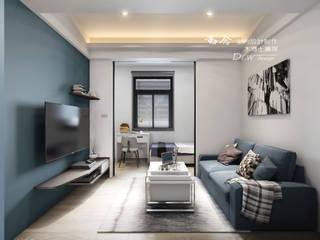 孔雀藍 现代客厅設計點子、靈感 & 圖片 根據 木博士團隊/動念室內設計制作 現代風