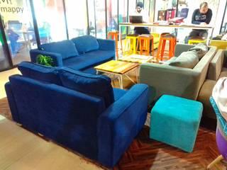91 Springboard, Pan India: modern  by Red Oak Furniture,Modern