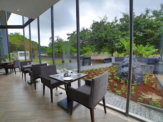 BLVD, Nashik: modern  by Red Oak Furniture,Modern
