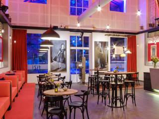 Filmhuis fiZi:  Bars & clubs door SET98, Modern