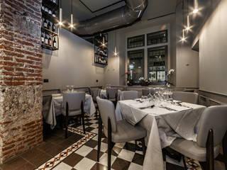 TUBOSA 70/300, FROG 4 e VGP in progetto ristorante:  in stile industriale di INTERIA SRL, Industrial