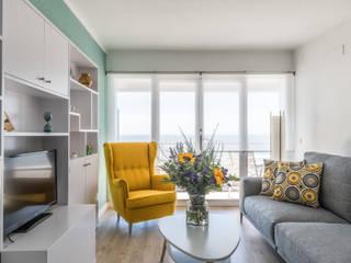 Salas de estar mediterrâneas por Silvia R. Mallafré Mediterrâneo