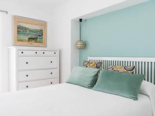 Projekty,  Sypialnia zaprojektowane przez Silvia R. Mallafré,