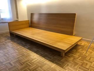 Mueble de roble macizo a medida:  de estilo  de Fucking Wood,