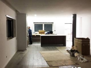 Renovações Habitação Uni-familiar Vila nova Da Telha Salas de estar modernas por Mp Da Silva Architects Moderno