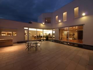 函館市 H邸 オリジナルデザインの テラス の 北渡建設一級建築士事務所 オリジナル