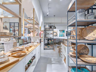 Ellementry retail store , Bangalore flamingo architects Country style offices & stores