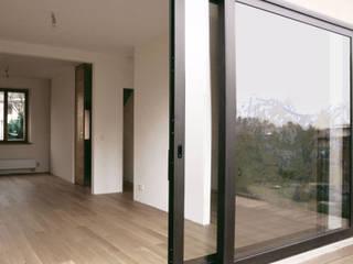 Modern terrace by DILL . Architektur & urbane Aesthetik Modern
