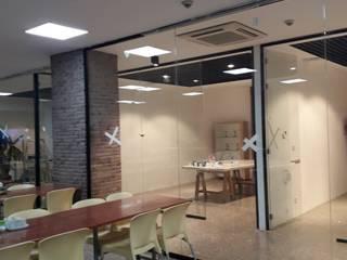 Yapısan Cephe Sist.San.ve Tic.Ltd.Şti. – Ofis Bölme Sistemleri Ataşehir:  tarz Çalışma Odası