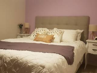 Ambientaciones: Dormitorios de estilo  por Alberto Torsegno  Muebles & Decoracío,