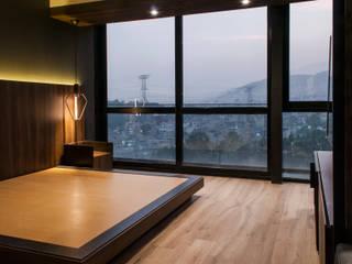 Walk in closet MH Dormitorios modernos de Maquiladora de Muebles Moderno