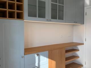 Cozinha : Cozinhas  por CSR - Construção e Reabilitação em Lisboa,Moderno