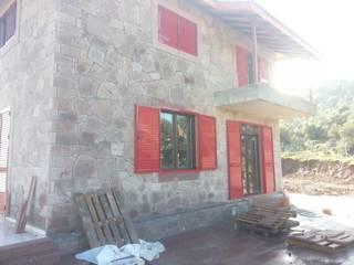 Yapısan Cephe Sistemleri Villa Alluminio / Zinco Rosso