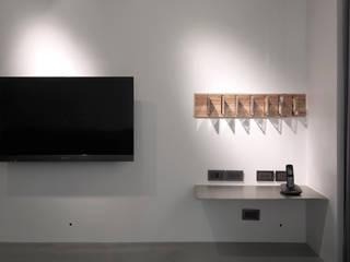 Moderne Wände & Böden von 形構設計 Morpho-Design Modern