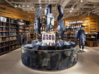 Galerías y espacios comerciales de estilo moderno de KITZ.CO.LTD Moderno