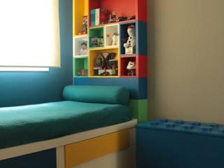 Dormitório infantil: Quartos dos meninos  por Mari Milani Arquitetura & Interiores,Moderno