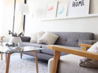 Ruang Keluarga Minimalis Oleh Casa Nómade Minimalis