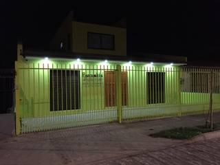 NUEVA FACHADA JARDIN de Estudio Arquitectura y construccion PR/ Arquitectura, Construccion y Diseño de interiores / Santiago, Rancagua y Viña del mar Moderno