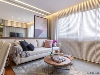 Sala e cozinha integradas: Salas de estar  por Mari Milani Arquitetura & Interiores,Moderno