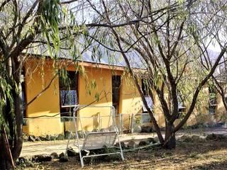 por Brassea Mancilla Arquitectos, Santiago Moderno
