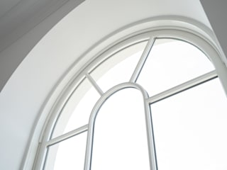 Aluminium Clad Wood Sash Window Project In Poundbury の Marvin Windows and Doors UK クラシック