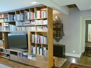COZINHA INTEGRADA (COM FLEXIBILIDADE): Salas multimídia  por Mazorra Studio,Moderno