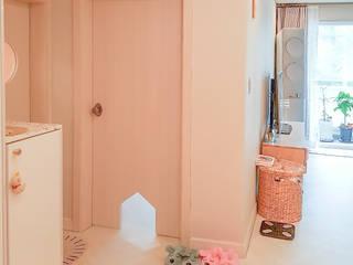 Puertas interiores de estilo  por 그리다집, Moderno Madera Acabado en madera