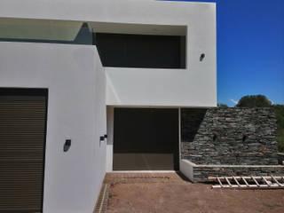 Modern hotels by PRIGIONI Arquitectura y Diseño Modern