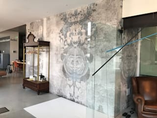 Classic style walls & floors by Tecnografica Classic