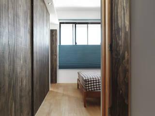 Kamar tidur kecil oleh 木耳生活藝術, Minimalis