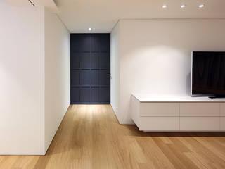 용인시 중앙하이츠빌아파트 인테리어 리모델링: studio FOAM의  거실