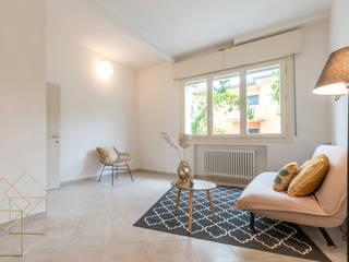 HOME STAGING in casa ristrutturata a Cesena Mirna Casadei Home Staging Soggiorno moderno