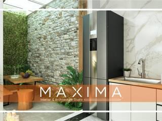 Dapur & Taman Outdoor Pak Tommy - Medan: Taman batu oleh Maxima Studio Medan Interior Design & Arsitek, Tropis