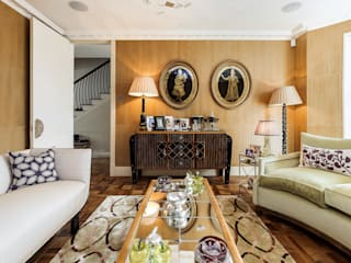 Chelsea pearl Salones de estilo clásico de Ugne Pouwell Clásico