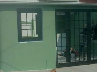 Casas estilo moderno: ideas, arquitectura e imágenes de Construcción de albañilería y remodelaciones Moderno