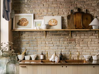 The Potting Shed in Manhattan by deVOL Rustieke keukens van deVOL Kitchens Rustiek & Brocante