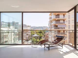 El apartamento | Benic`ássim, Castellón (Spain) estudio calma Salones de estilo mediterráneo