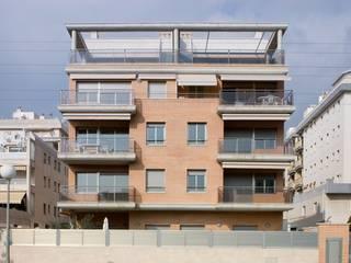 Edificio de viviendas en Torredembarra (Tarragona) de Proarquitectura S.L.P. Mediterráneo