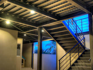 Stairs by Con Contenedores S.A. de C.V., Industrial