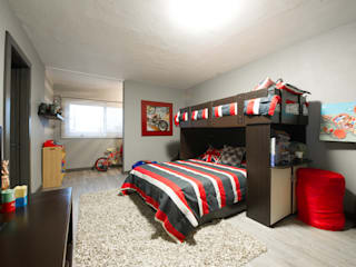 Teen bedroom by Con Contenedores S.A. de C.V., Modern