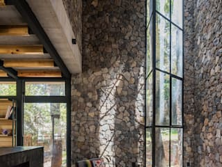 Saavedra Arquitectos Ruang Keluarga Modern Batu Grey