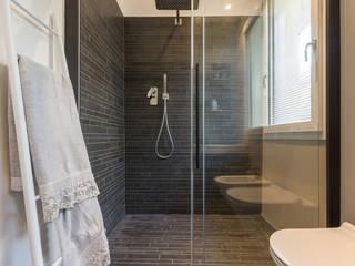 SERVIZIO FOTOGRAFICO per architetti Mirna Casadei Home Staging Bagno moderno