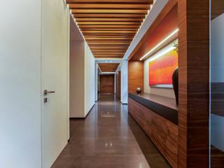Koridor & Tangga Klasik Oleh TALLER GRADO 13 ARQUITECTURA Klasik