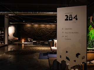 Commercial Spaces by Adriana Scartaris: Design e Interiores em São Paulo, Industrial