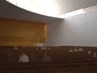 SANTUARIO SAN JUAN DIEGO:  de estilo  por IDEA Taller de Arquitectura, Moderno