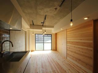 三浦喜世建築設計事務所 Living room Wood Wood effect